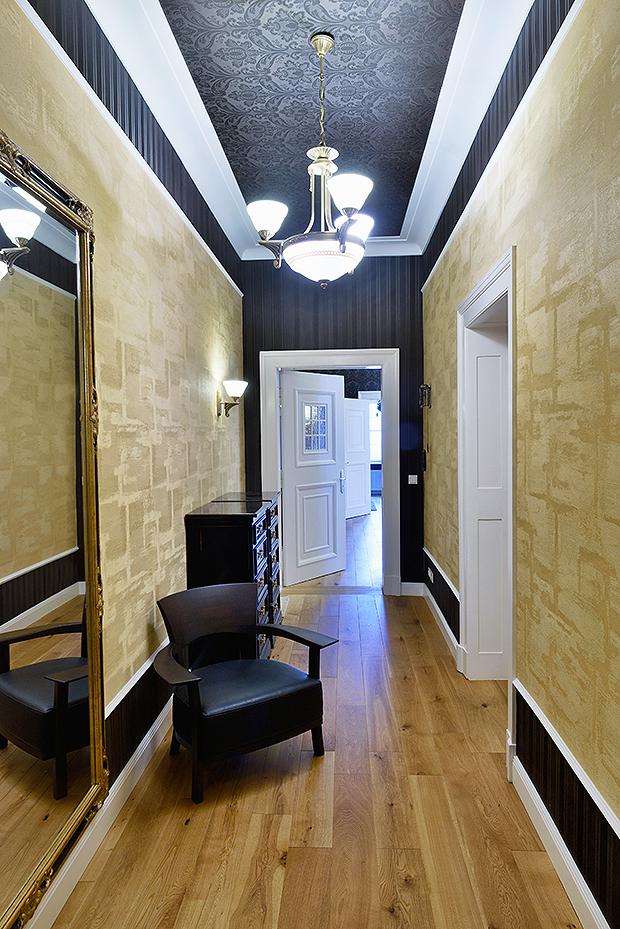zierprofile meisterbetrieb f r farblich fachgerechte. Black Bedroom Furniture Sets. Home Design Ideas